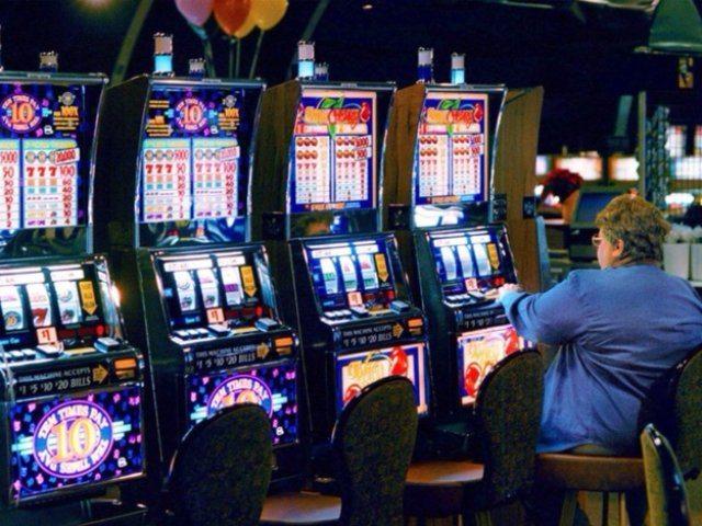 Онлайн-казино Космолот позволит вам разнообразить времяпрепровождение