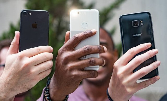 Мнение: Почему вы больше не должны стремиться к покупке Android-флагмана