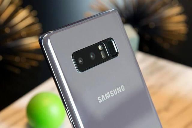 Официальные рендеры и цены Samsung Galaxy S10 и S10+