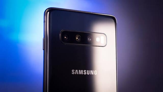 Galaxy S10 получил обновление с поддержкой ночного режима съемки