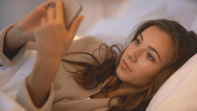 Почему опасно использовать гаджеты перед сном